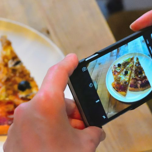 photographing-homemade-pizza_t20_BElay8